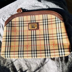 NWOT Burberry cosmetics bag